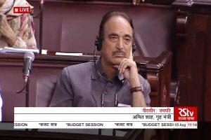 Kashmir lockdown: Ghulam Nabi Azad stopped at Srinagar airport, sent back to Delhi