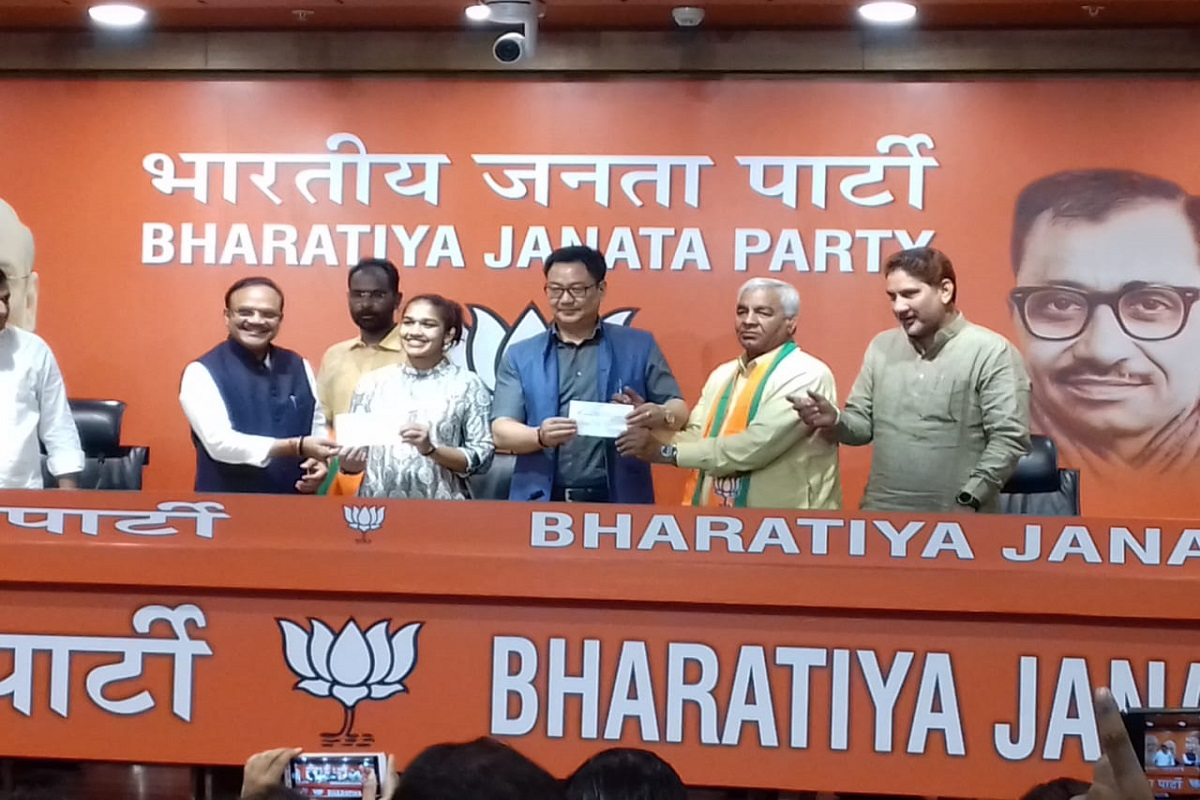 Babita Phogat, Mahavir Phogat, Haryana assembly elections, Haryana