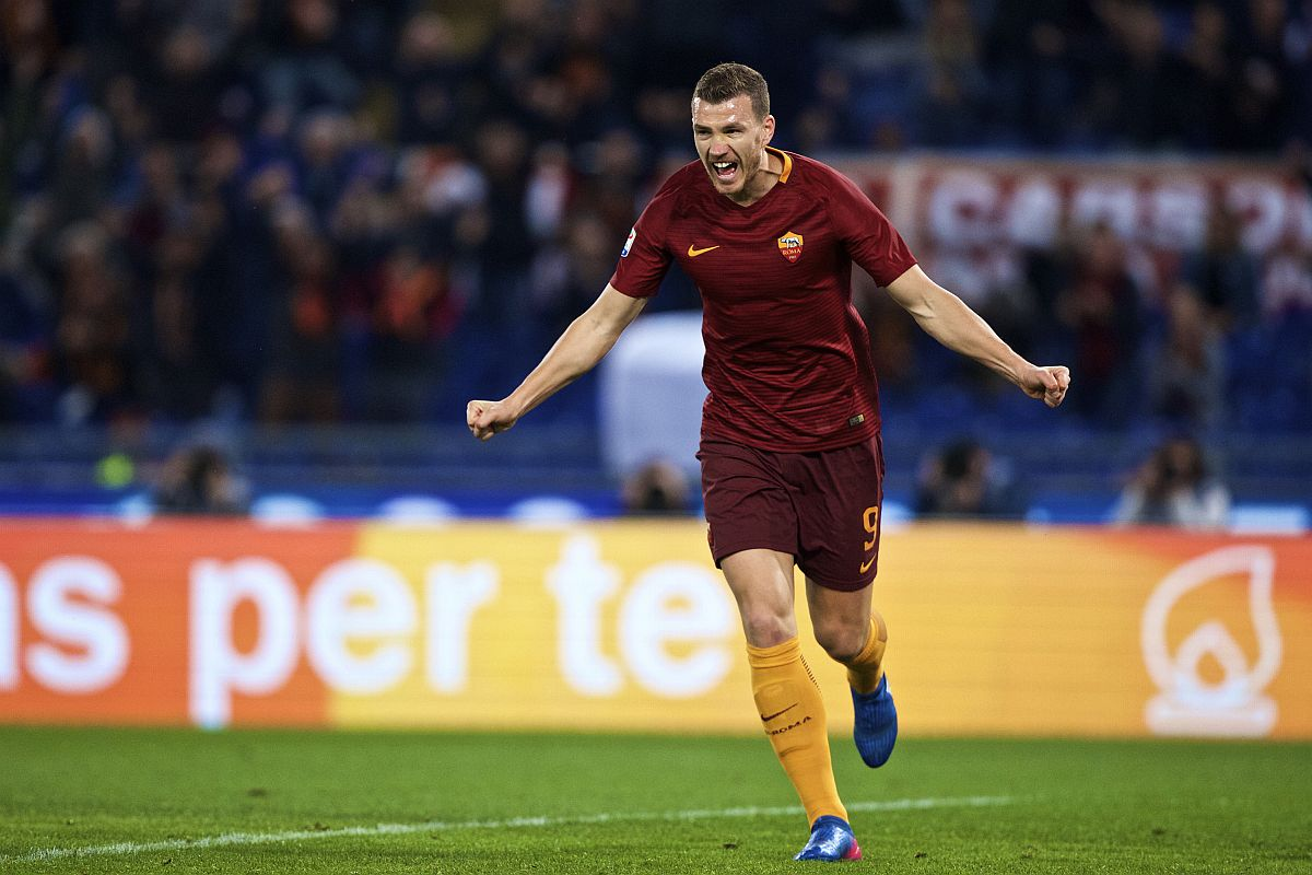 AS Roma renew three-year deal with Edin Dzeko