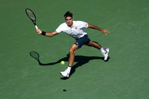 Roger Federer makes early exit; Djokovic cruises through to next stage at Cincinnati Masters