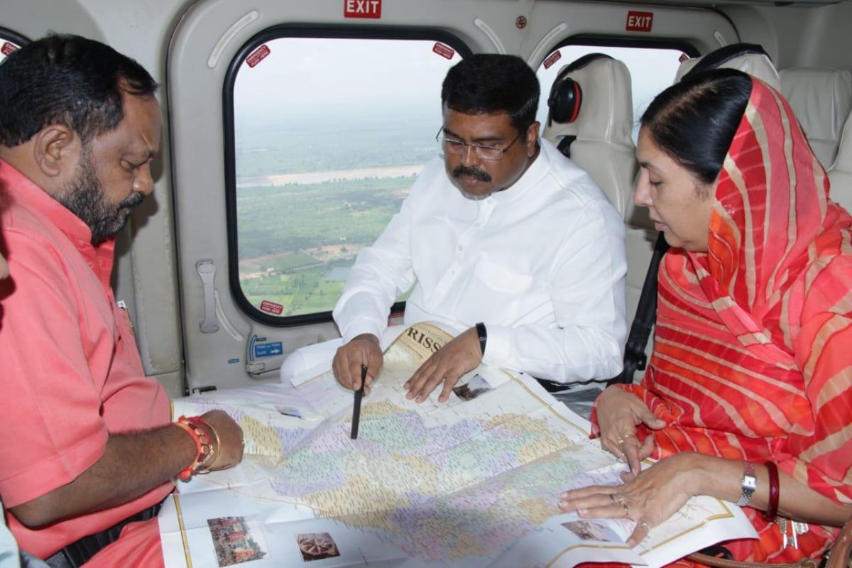 Dharmendra Pradhan conducts aerial survey of flood-affected areas in Odisha