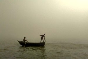 Ganga swells, Bhutni under threat