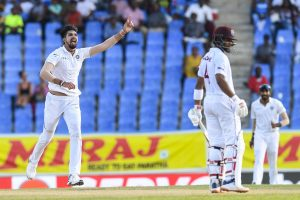 Ishant Sharma's fifer puts India on top in first Test
