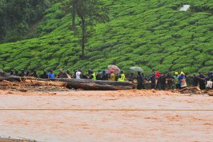 95 dead, 59 missing in Kerala floods; CM announces Rs 4 lakh ex gratia for kin of dead