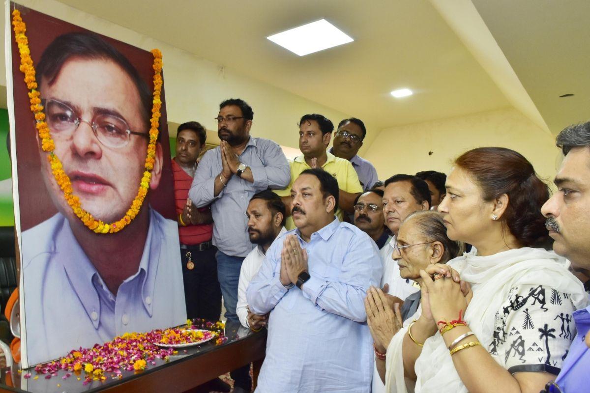 Himachal Governor, CM condole demise of former FM Arun Jaitley