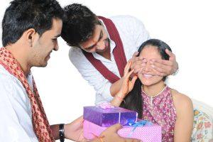 HP jail inmates make chocolates for sale on Raksha Bandhan
