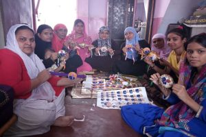 Varanasi: Muslim women send rakhis to elder brother Modi