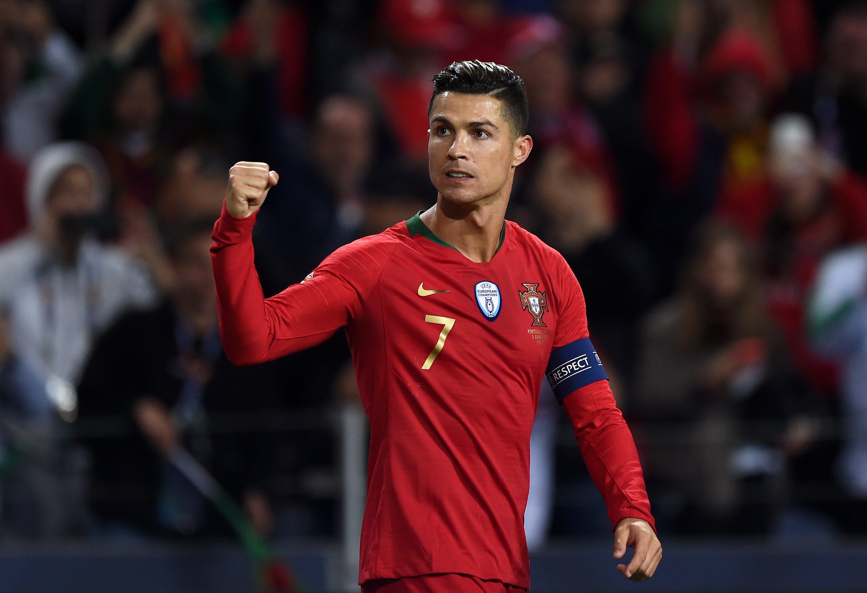 livraison gratuite a98c6 2516d Finally, Ronaldo opens up about how he became superstar