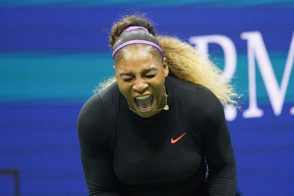 Covid 19 Serena Takes Up Federer S Volley Challenge