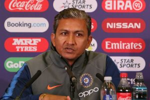 Bangladesh look to rope in former India batting coach Bangar for Tests