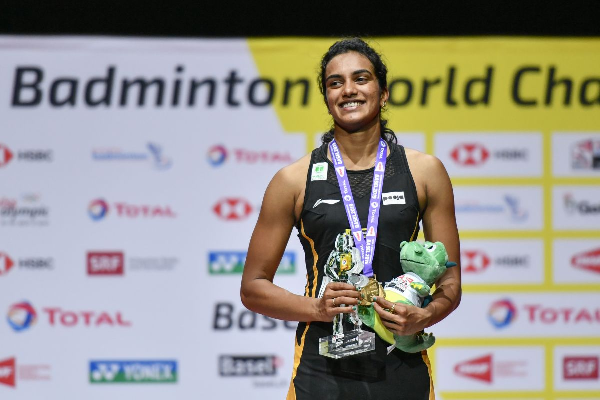 PV Sindhu scripts history, becomes first Indian to win gold in BWF World  Championships
