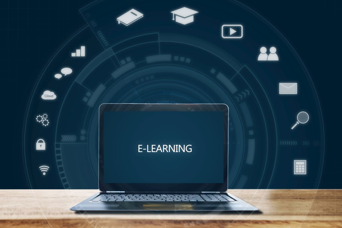 e-learning, e-learning platforms, industrial revolution, machine learning, AI, Big data, data science, cloud, internet of things, robotics, workforce, National Employability Report, data engineering, World Economic Forum, skill development programs