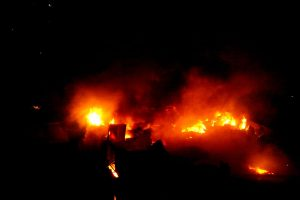 Bangladesh fire: 15,000 homes destroyed in Dhaka slum