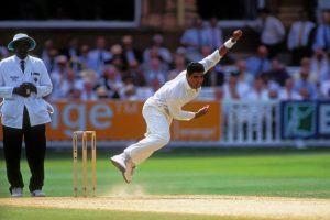 Waqar applies for Pakistan bowling coach job, says not mentally prepared for head coach role