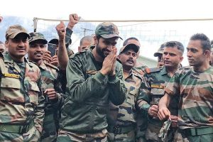 Vicky Kaushal trolled for feeling 'elated' with Army at Indo-Sino border