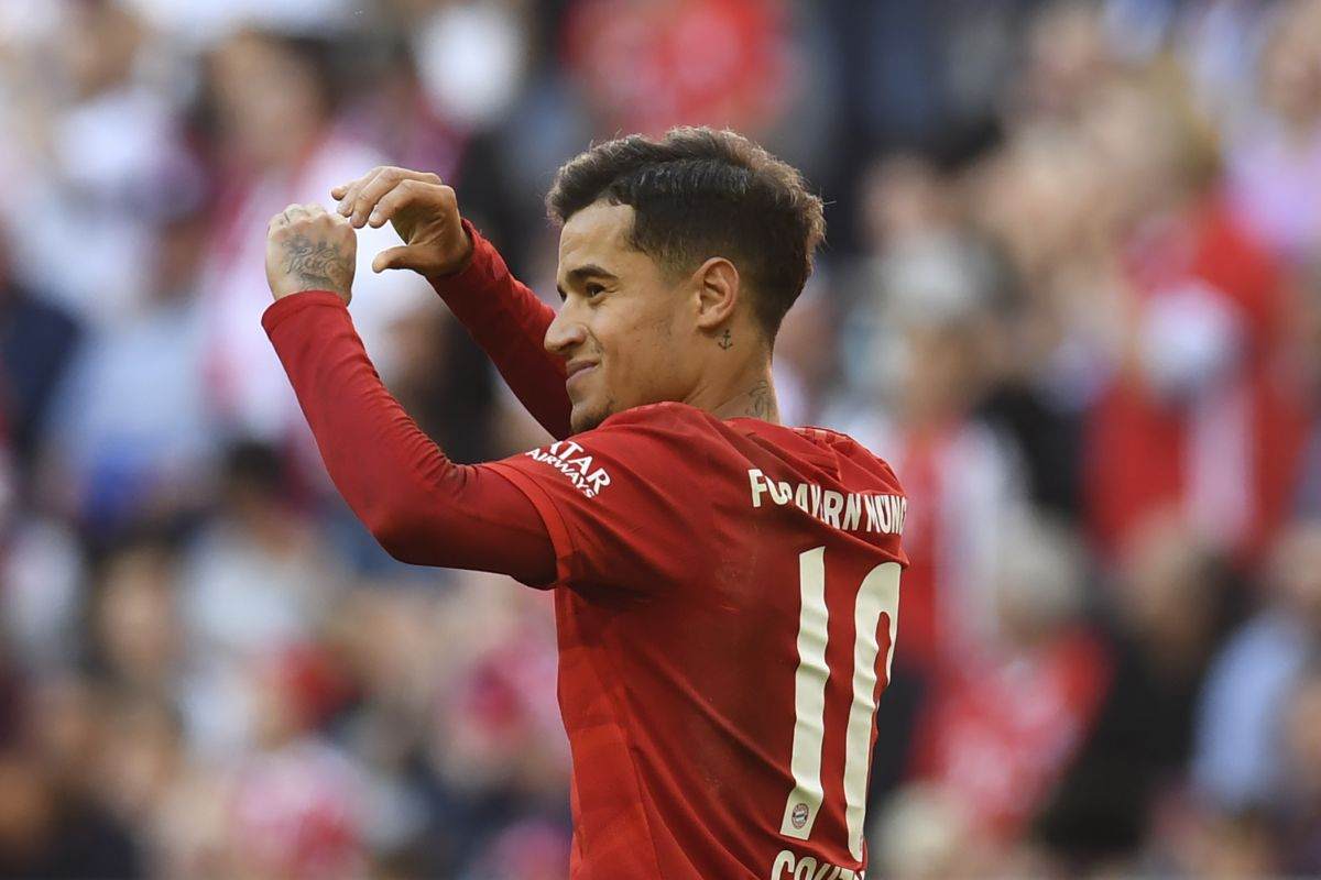 Barcelona looking to take advantage of Coutinho form and sell him for €100 million: Reports