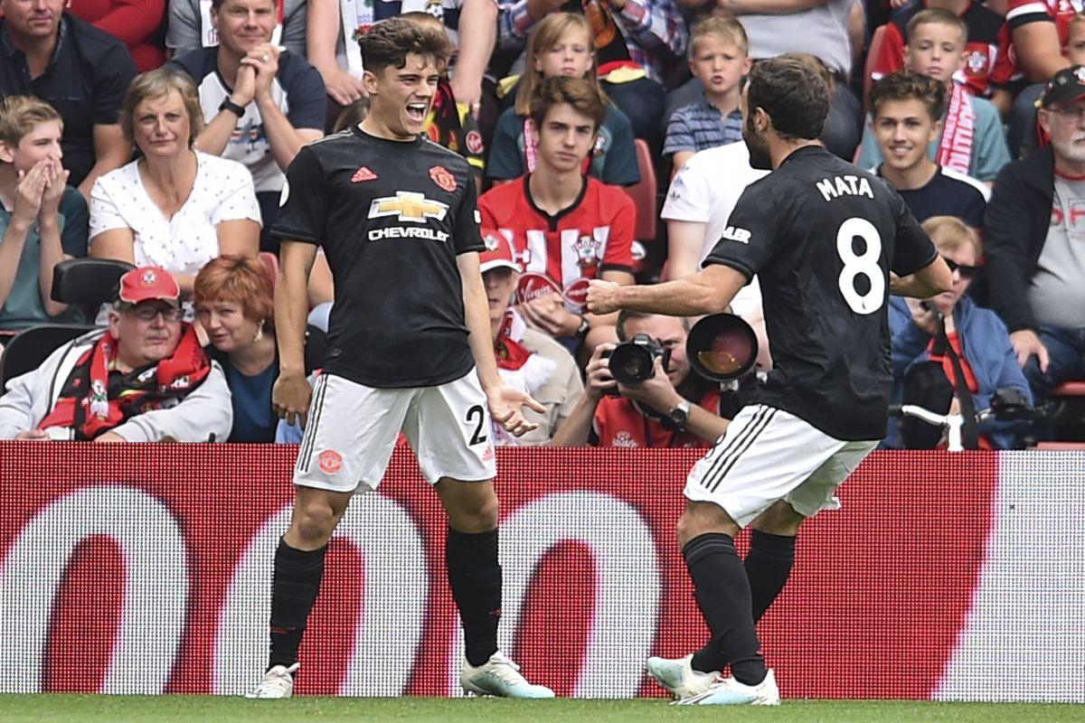 Daniel James, Ryan Giggs, Manchester United, Premier League, Belarus, Wales