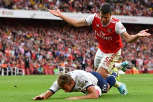 Harry Kane insists he did not dive to win penalty in Tottenham's draw with Arsenal
