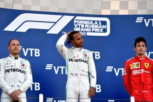 Lewis Hamilton wins at Sochi, extends Mercedes streak at Russian GP
