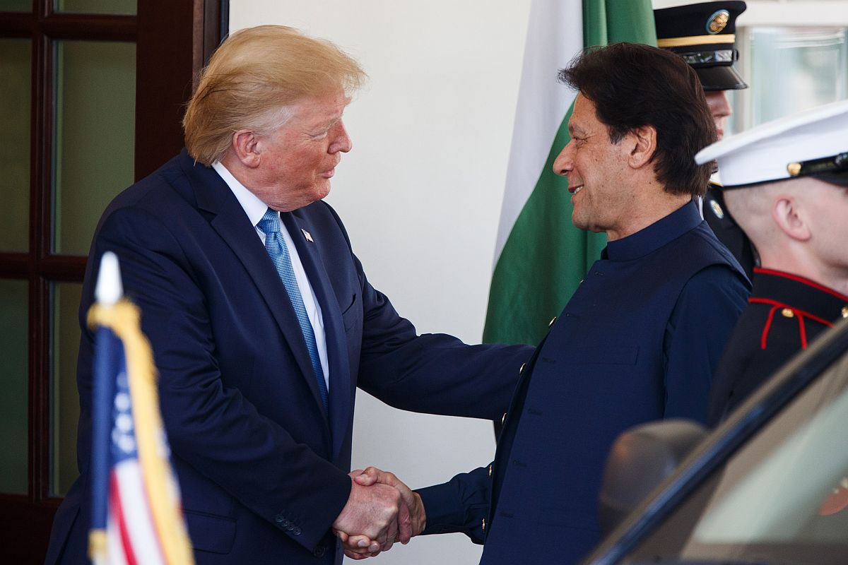 Pakistan PM Khan Says Trump Asked Him to Mediate With Iran