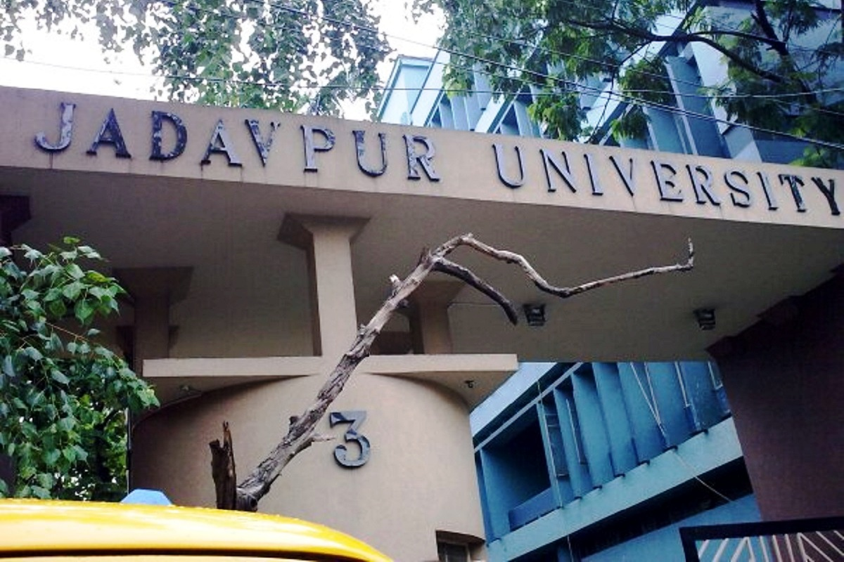 ABVP march to Jadavpur campus foiled