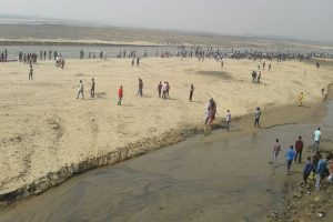 Heavy vehicles banned for five days on Damodar Barrage