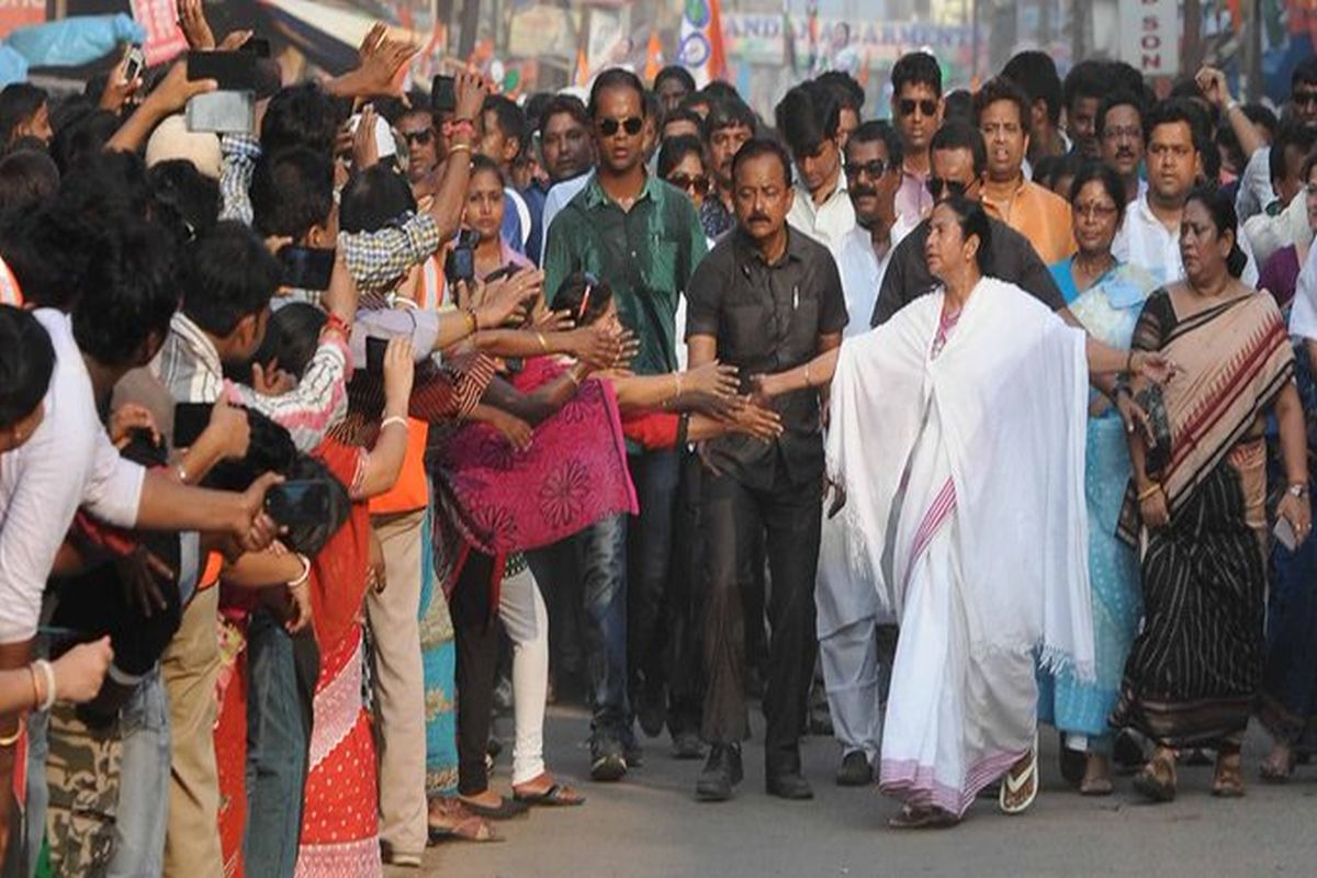 Sujan Chakraborty, Mamata Banerjee, Kolkata, Didi ke Bolo, West Bengal, Narendra Modi, Mann Ki Baat