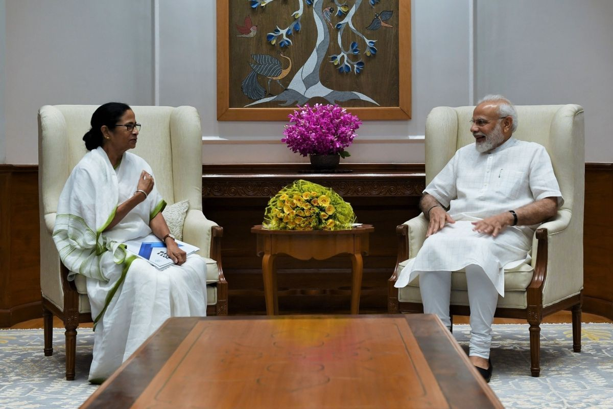 Mamata Banerjee meets Narendra Modi, raises issue of renaming Bengal