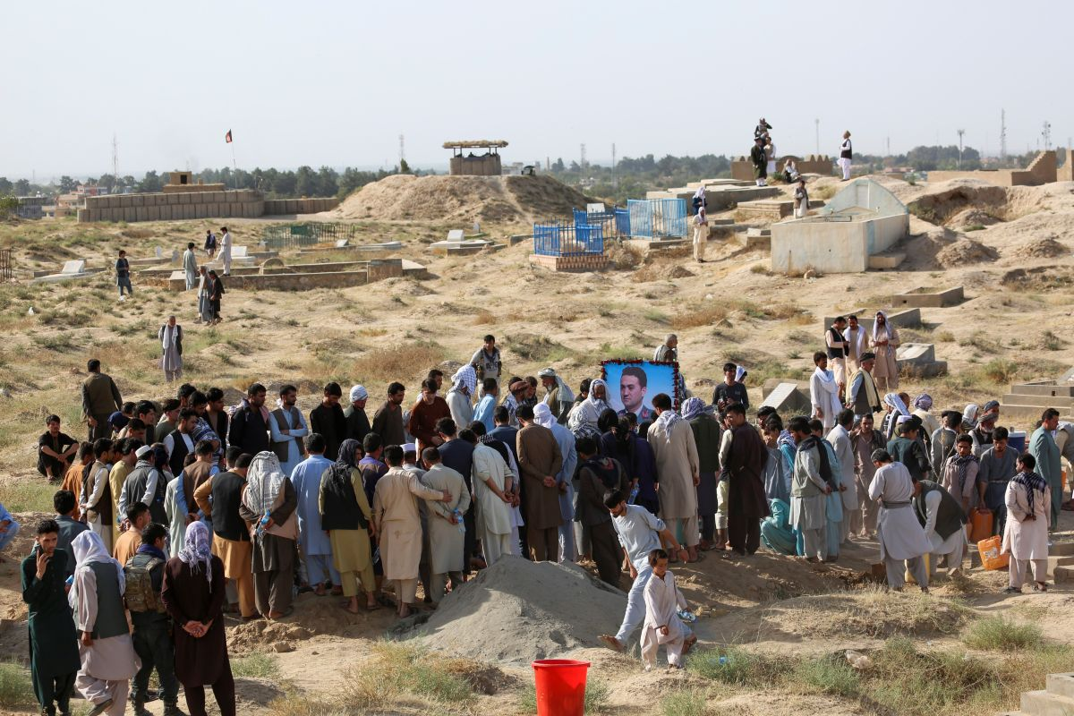 Outward march, Afghanistan, Taliban, Zalmay Khalilzad