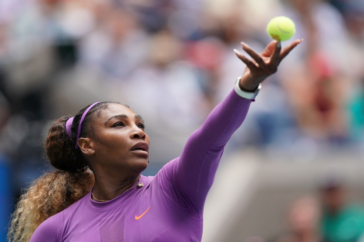 Serena Williams eases past Karolina Muchova to reach US Open fourth round