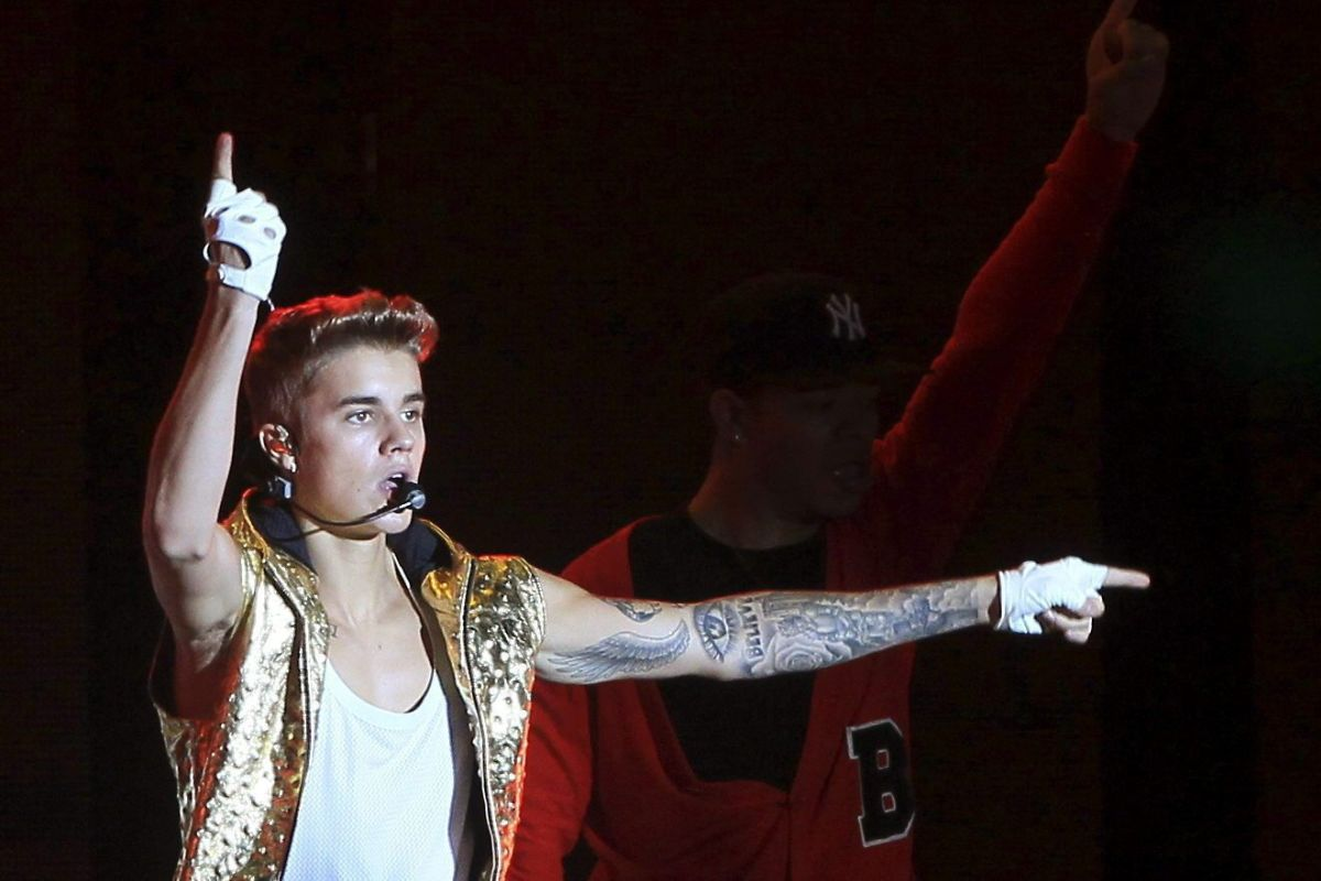 Bieber says child stardom led to drug abuse, suicidal tendencies