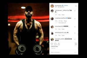 Malaika Arora appreciates Arjun Kapoor's workout in sweet comment on his post