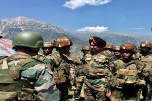 Army's Lt Gen Ranbir Singh visits Kashmir, reviews security situation