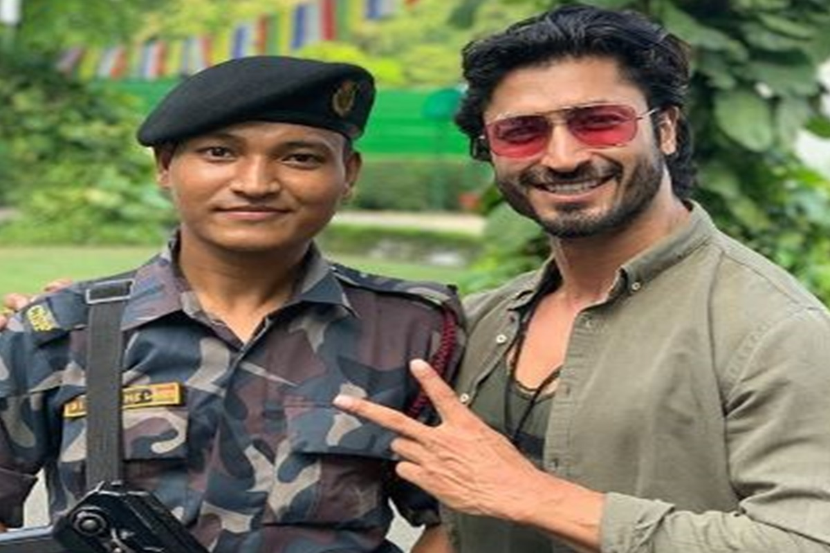 Vidyut Jammwal, Central Industrial Security Force, Instagram, Armed Forces
