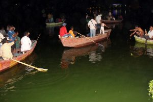 11 dead as boat capsizes during Ganapati immersion in Bhopal