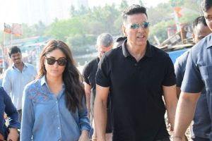 Akshay, Kareena's 'Good News' is now 'Good Newwz'
