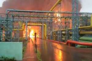 4 killed, many injured as massive fire breaks out at ONGC plant in Navi Mumbai