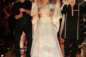 Deepika Padukone turns ramp into dancefloor