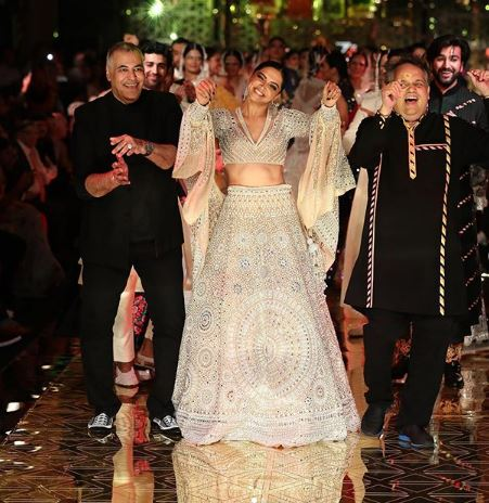 Abu Jani and Sandeep Khosla, fashion show, Deepika Padukone, Ivory embellished lehenga, Disco Deewane, Student Of The Year, Jaya Bachchan,