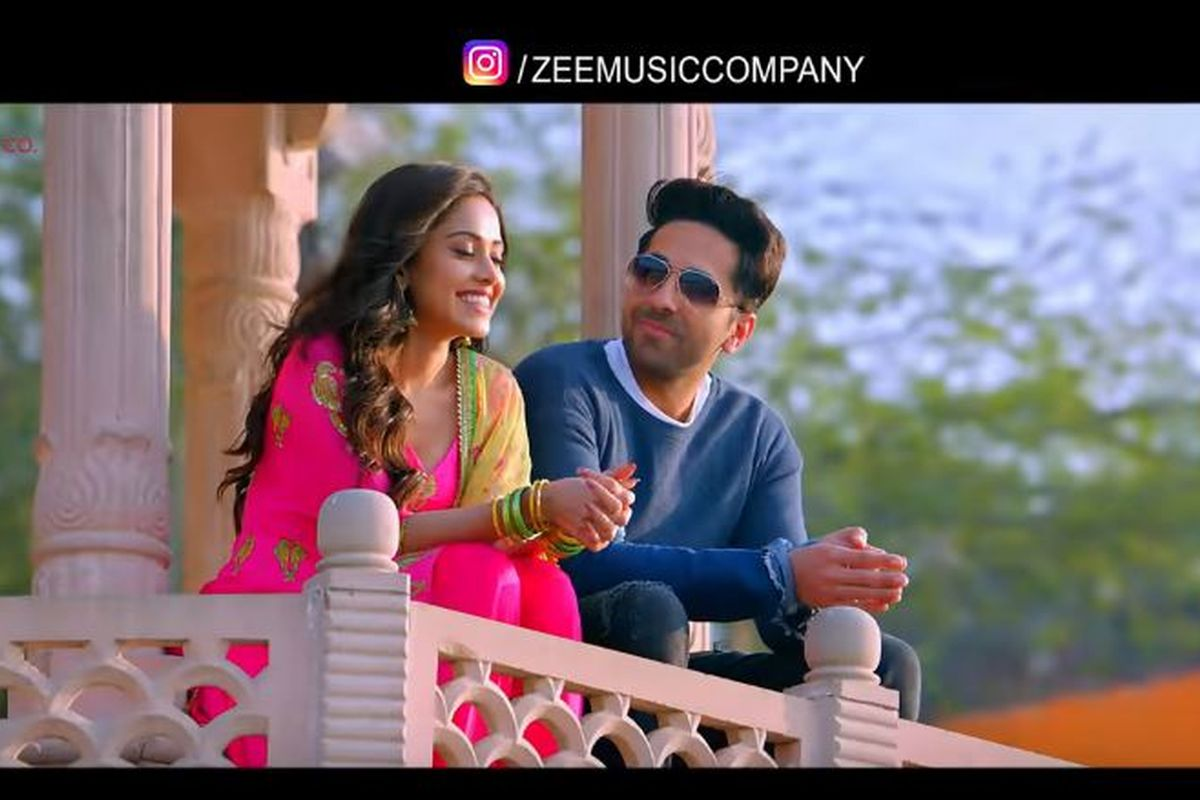 Ayushmann Khurrana, Nushrat Bharucha romance in Ik Mulaqaat song from Dream Girl