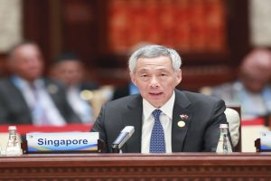 Singapore PM Lee Hsien Loong sues editor of independent news website