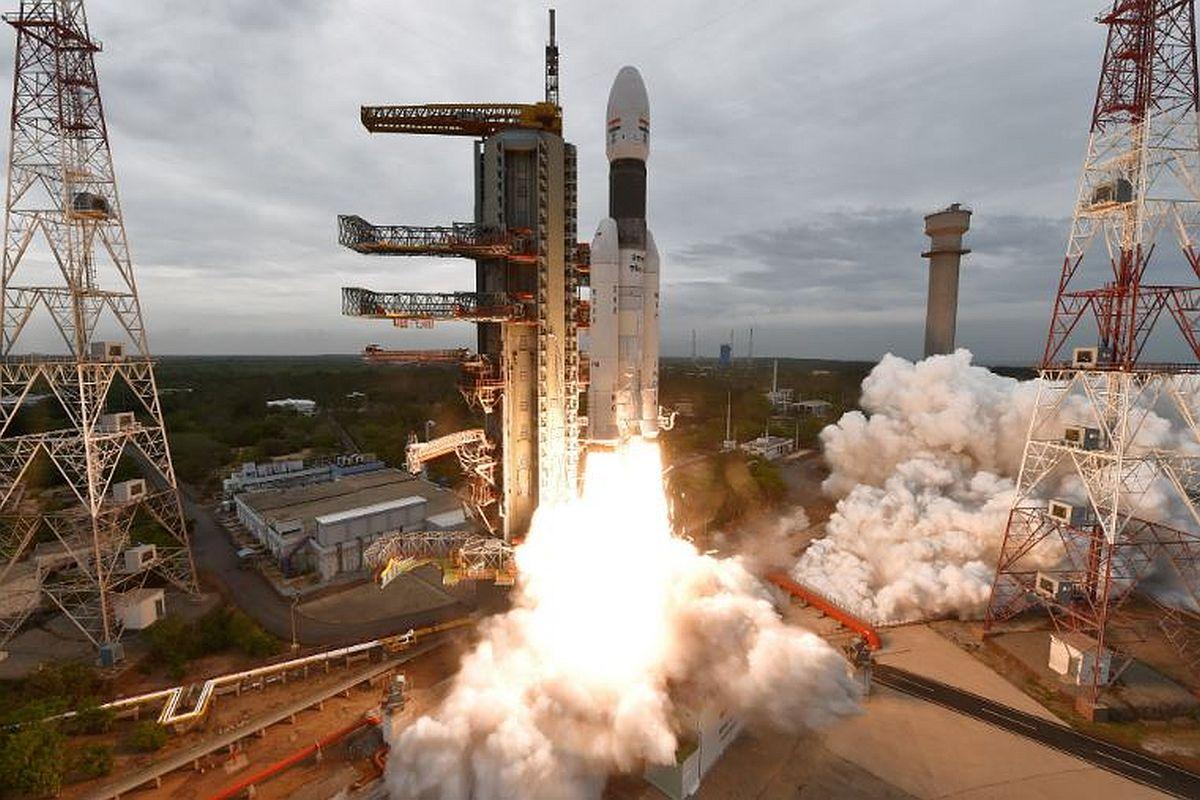 Lander leaves Chandrayaan-2 past noon