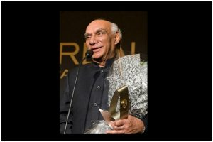 B-Town celebs share fond memories of Yash Chopra on his 87th birth anniversary