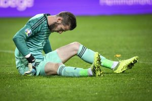 David de Gea picks up injury, doubtful for crunch Premier League encounter