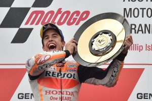 Marquez makes it five in a row with Phillip Island last-lap thriller