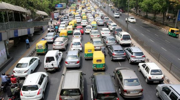 Vehicles with schoolchildren, 2-wheelers exempted from Odd-Even rule in Delhi; fine doubled