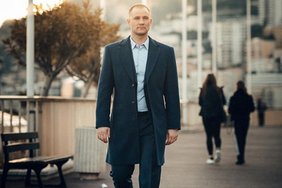 Read how Martin Mander became a successful luxury influencer
