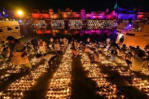 Ayodhya sets World Record as 5 lakh 51 thousand diyas lit to celebrate Deepawali