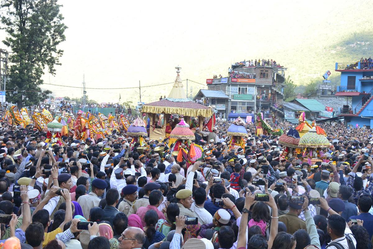 International Kullu Dusseshra festival, Shimla, Bandaru Dattatraya, Lord Raghunath, Dussehra, Himachal Pradesh, Kullu, Bhuntar Airport, Himachal