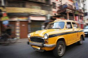 Subsidy of `1 lakh for replacing old taxis with electric cars
